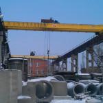 Отремонтированные опорные мостовые краны